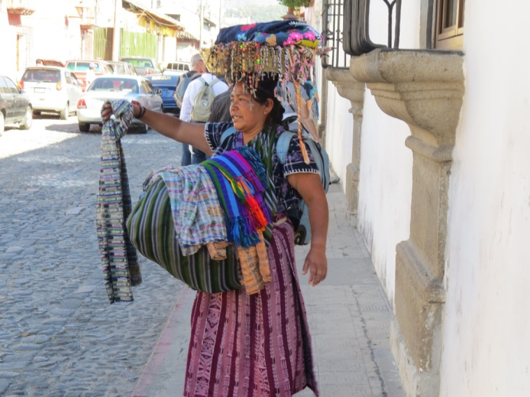 44 - Scène de rue guatemala